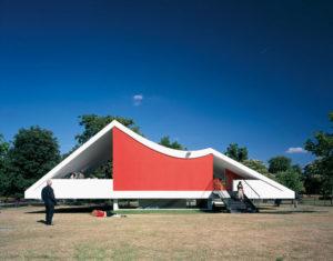 foto Serpentine-Gallery-Pavilion-2003-Oscar-Niemeyer