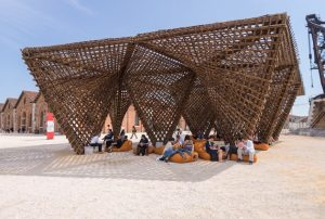 foto Biennale di Venezia Vietnam Bamboo Stalactite di Vo Trong Nghia_2