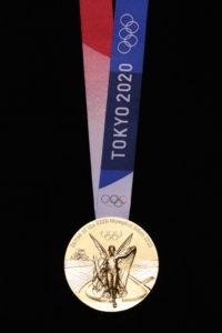tokyo 2020 medaglia oro eco sostenibili Junichi Kawanishi gold front